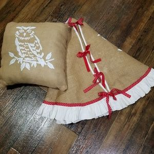 Other - Sale🎅 Handmade Rustic Burlap Skirt and Throw Pil